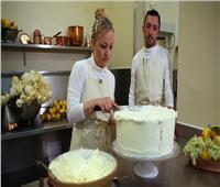 خبّازة الزفاف الملكي تكشف تفاصيل كعكة «هاري وماركل»