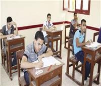 لليوم الثالث.. طلاب الدبلومات الفنية يواصلون أداء الامتحانات