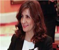 «نبيلة مكرم».. خيط الأمل للعمالة المصرية بالخارج