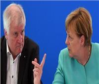 وزير الداخلية الألماني يصر على منع بعض المهاجرين من دخول ألمانيا