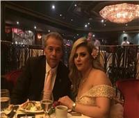 صور| زفاف توفيق عكاشة وحياة الدرديري في حفل عائلي