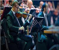 فيديو  محمود سرور يشعل دار الأوبرا بعزف «ليالينا» على الربابة