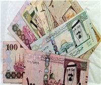 «أسعار العملات العربية» والدينار الكويتي يرتفع في البنوك