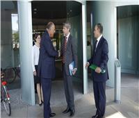 وزير الخارجية ومستشار الأمن القومي الألماني يبحثان تعزيز التعاون