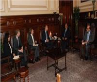 وزير الزراعة يبحث مع السفير الهولندى التعاون بين الجانبين