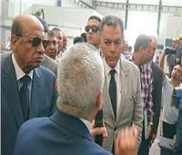 وزير النقل يتابع تحديث عربات القطارات بمصنع «سيماف»