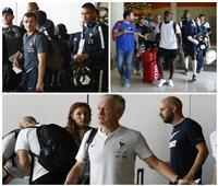 صور  «محملة بأحلام الطفولة».. الديوك الفرنسية تغادر روسيا بصحبة كأس العالم