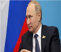 بوتين يبحث مع ميركل الشؤون الدولية والإقليمية