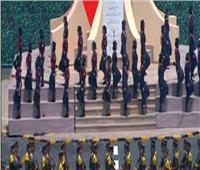 طالبات جامعيات تشاركن في عروض حفل تخرج الكليات العسكرية
