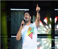 صور| تامر حسني يشعل حفلا جماهيريا ببورتو سعيد