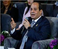 فيديو وصور| لفتة إنسانية من الرئيس السيسي خلال مؤتمر الشباب