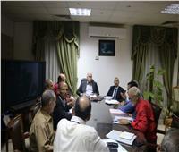 محافظ جنوب سيناء يعقد إجتماعًا لحل مشاكل المستثمرين