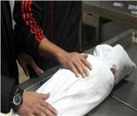 دفن طفل لقي مصرعه عقب سقوطه من «توك توك» بالبدرشين