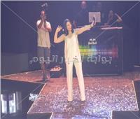 صور| بوسي تُشعل «الساحل» بأغانيها الشعبية