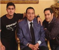 «حفيد مبارك» يثير الجدل بصورة في «نادي الملوك»