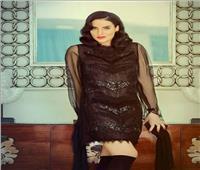 «حورية فرغلي» تساند «إليسا» بعد شفائها من مرض السرطان