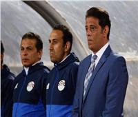 رمزي يسلم أجيري تقييمًا شاملاً للاعبي منتخب مصر