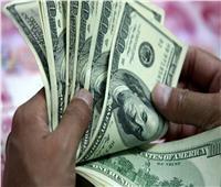 «سِحر الأخضر عماه» سائق يدعي سرقة 26 ألف دولار