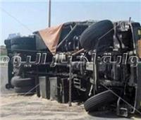 إصابة 31 شخصًا من رواد مولد الشاذلي فى انقلاب سيارة بطريق مرسى علم