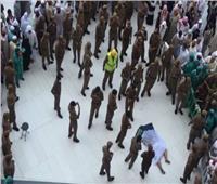 السعودية تعلن مصرع وافد قفز من سطح المسجد الحرام
