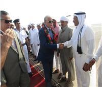 مشايخ أبورديس وأبو زنيمة يستقبلون محافظ جنوب سيناء بالورود