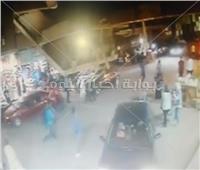 لقطة اليوم| شاهد.. شهامة مواطن يتصدى لـ«حرامي بتوك توك»