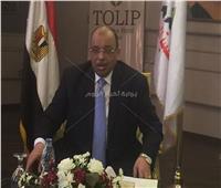 وزير التنمية المحلية يوضح حقيقة إحالة محافظ سوهاج السابق للنيابة
