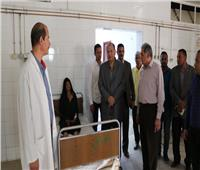 محافظ الفيوم يفاجئ المستشفى العام ويشدد على ضرورة توافر الأطباء