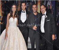 صور| مشاهير الغناء في بزفاف نجل محسن جابر.. والهضبة يُشعل الحفل