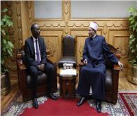 وكيل الأزهر يستقبل المدير العام لاتحاد وكالات أنباء منظمة التعاون الإسلامي