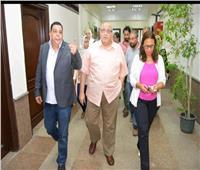 رئيس جامعة عين شمس يتفقد المدينة الجامعية للطلبة