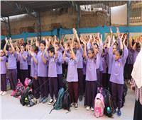 طلاب السويس ينتظمون في أول أيام الدراسة