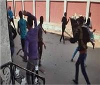 انتهت بالصلح.. أمين شرطة يعتدي على مسئولي مدرسة ببنها