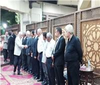 مرتضى منصور يتلقى عزاء الراحل حازم ياسين أمين صندوق الزمالك