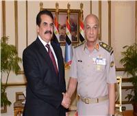وزير الدفاع يلتقي القائد العسكري للتحالف الإسلامي لمحاربة الإرهاب