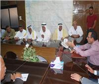 محافظ شمال سيناء يبحث مشاكل «العريش والشيخ زويد»