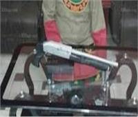 القبض على 4 عاطلين بحوزتهم أسلحة نارية وحشيش مخدر بالقناطر الخيرية