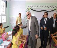 محافظ جنوب سيناء يتفقد مدرسة شرم الشيخ الرسمية للغات