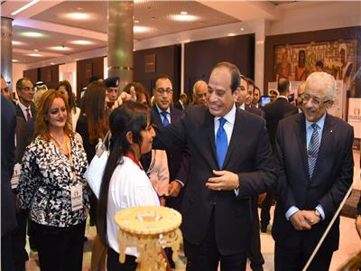 بالصور.. «السيسي» يتفقد مشروعات ملتقى ذوي الاحتياجات الخاصة بشرم الشيخ