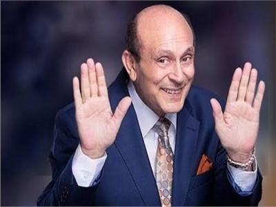 محمد صبحي على مقعد المذيع في «المصري أفندي»