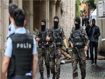 تركيا تأمر باعتقال 417 مشتبها بهم في تحقيق مالي