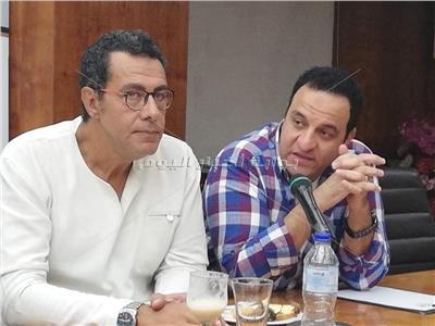 هشام إسماعيل: أبطال «قهوة سادة» شاركوا في كتابة المسرحية
