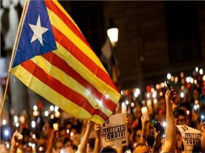 الحكومة الإسبانية ترفض إنذارًا كتالونيًا حول حق تقرير المصير
