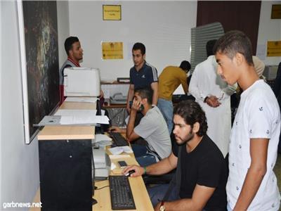 توافد الطلبة السعوديين على الملحقية  لإنهاء إجراءات تسجيلهم بالجامعات المصرية
