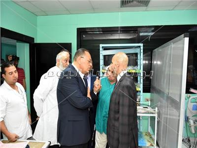 محافظ الشرقية: ضرورة صيانة الأجهزة بالمستشفيات لعدم تكرار واقعة الغسيل الكلوي