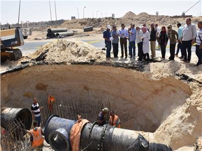 نائب رئيس «المجتمعات العمرانية» يتفقد مشروعات مدينة القاهرة الجديدة