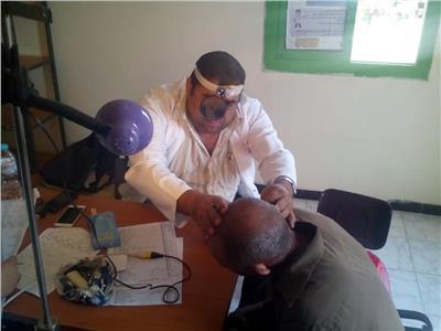 الصحة: علاج 70 ألف مواطنًا في 64 قافلة طبية بالمحافظات