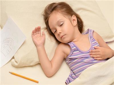 5 نصائح لمساعدة طفلك على النوم مبكرًا