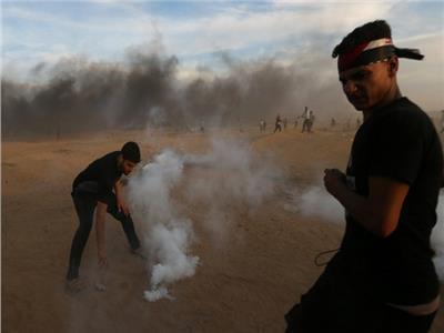 الصحة: استشهاد فلسطينيين اثنين بنيران إسرائيلية في احتجاجات في غزة