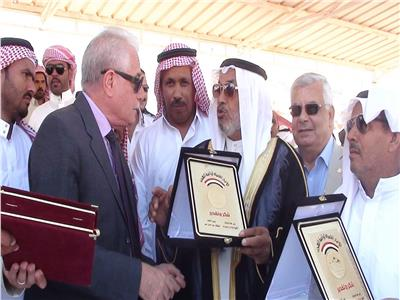 محافظ جنوب سيناء يشهد ختام فعاليات سباق الهجن بنويبع